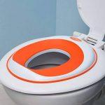 Siege réducteur de toilettes pour enfant antidérapant unisexe | GRATUIT : attache murale de rangement a ventouse de la marque Luvdbaby image 4 produit